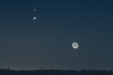 WIECZORNA RANDKA. Złączenie Księżyca, Wenus i Marsa.