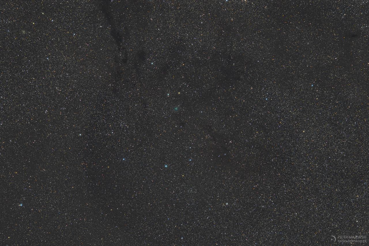 ZIELONA SZPILKA. Kometa C/2017 O1 (ASASSN1) w gwiazdozbiorze Żyrafy.
