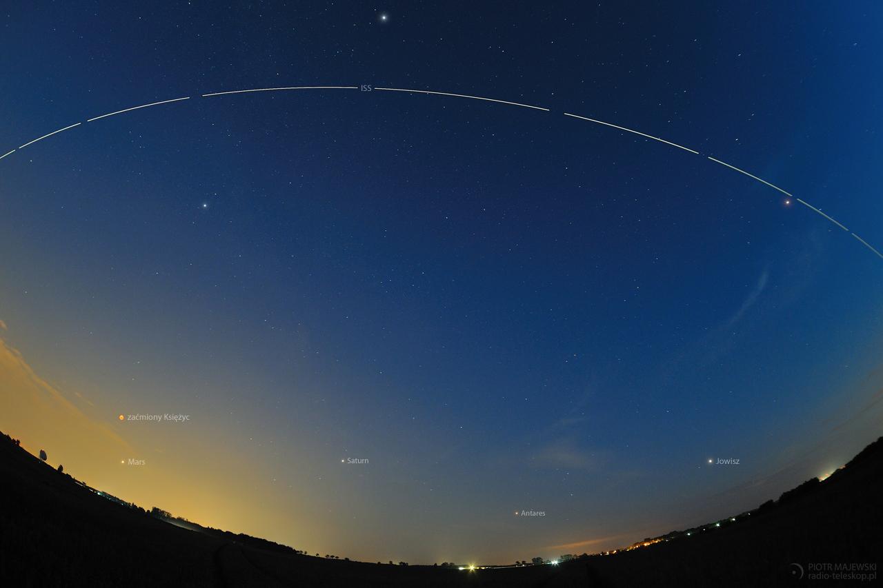 KOSMICZNY SHOW. ISS, Księżyc i planety 27 lipca 2018 roku.