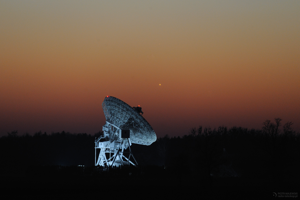 OKO NA MERKUREGO. Merkury nad radioteleskopem UMK w Piwnicach.