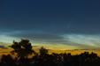 POSREBRZANA KOMETA. Kometa C/2020 F3 NEOWISE i Obłoki Srebrzyste (NLC).