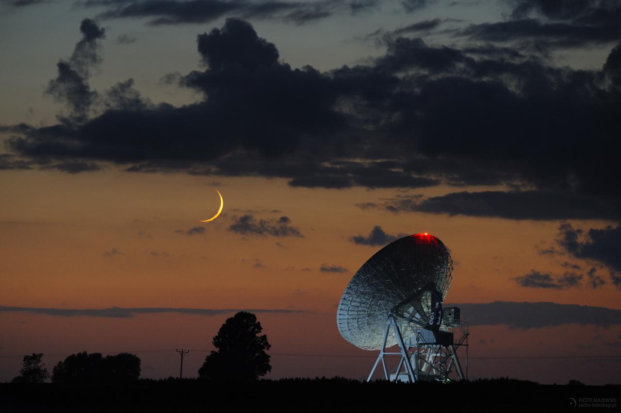 KU SOBIE. Księżyc po nowiu i radioteleskop UMK.
